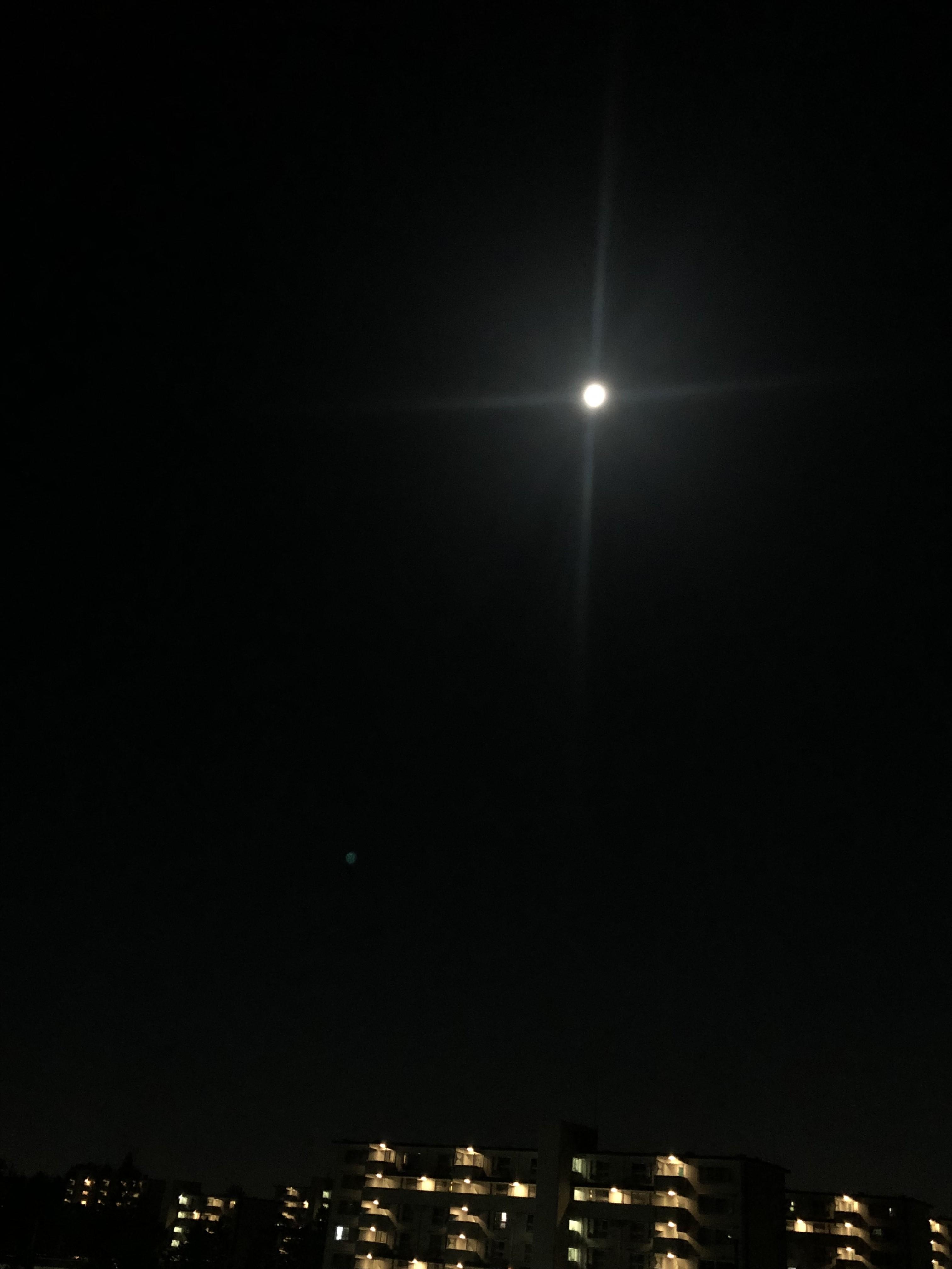 の よう 今宵 に 月 の